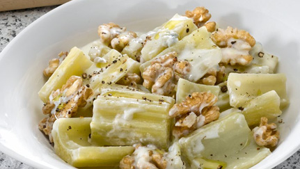 Cardi con noci e gorgonzola