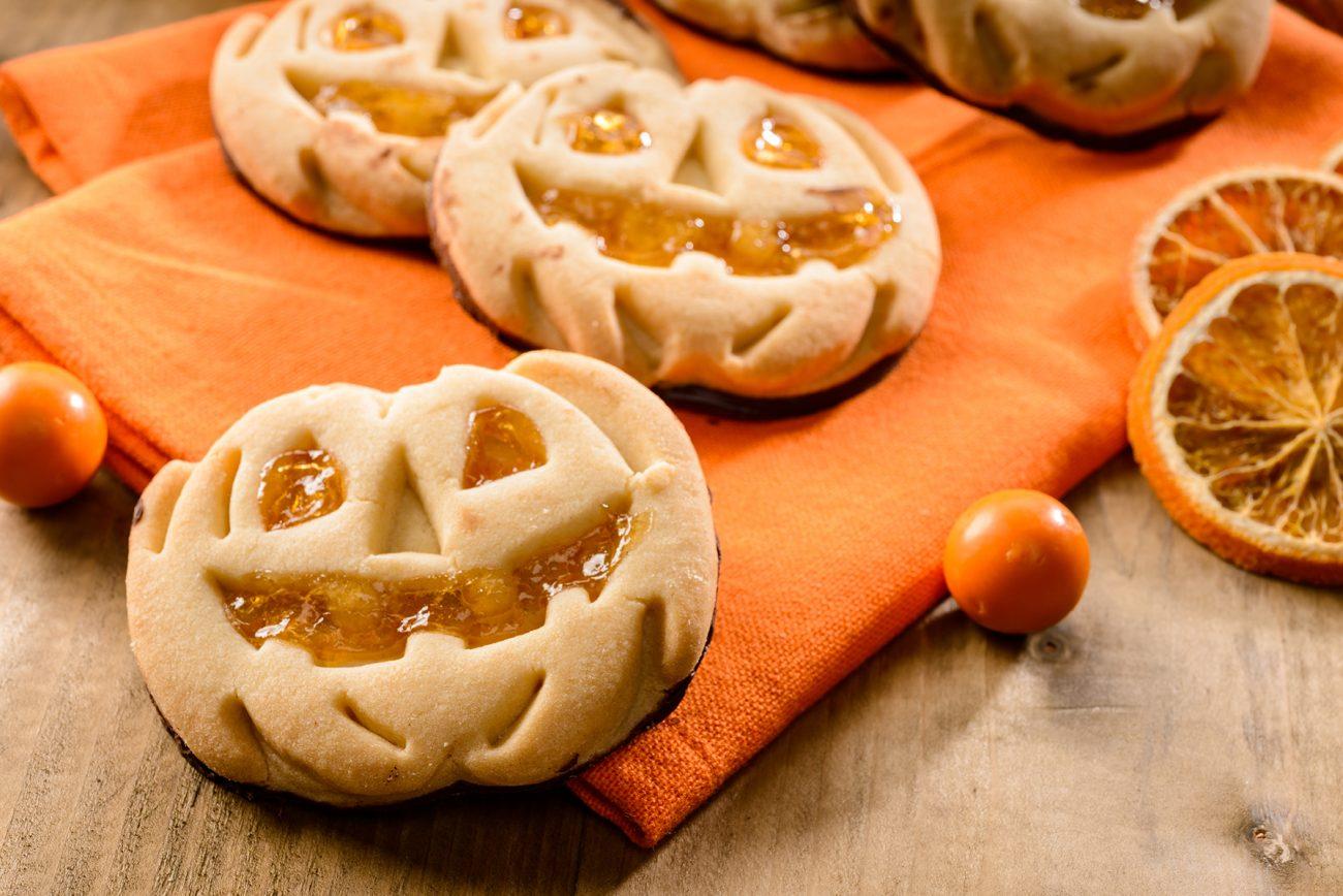 Biscotti di Halloween con marmellata di arance