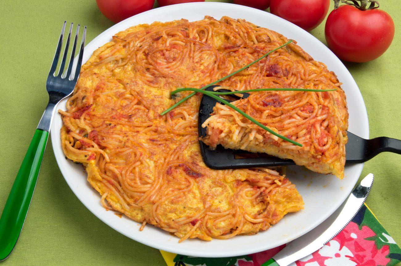 Frittata di pasta rossa