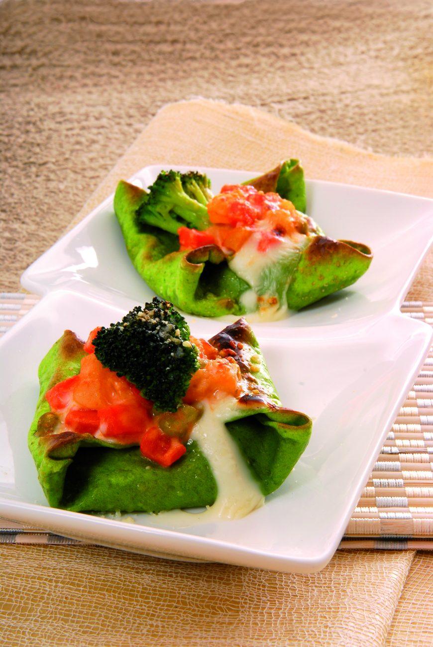 Scrigni agli spinaci ripieni di verdure filanti