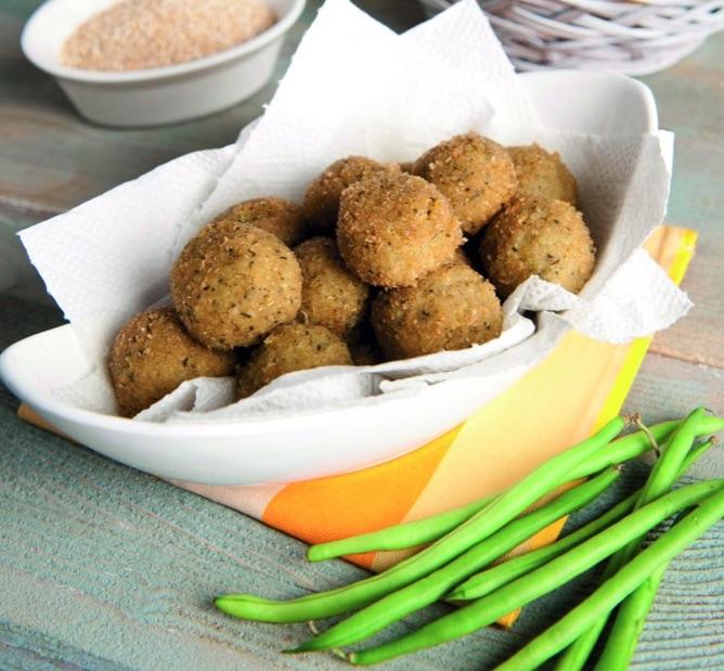 Polpettine di quinoa con patate e fagiolini
