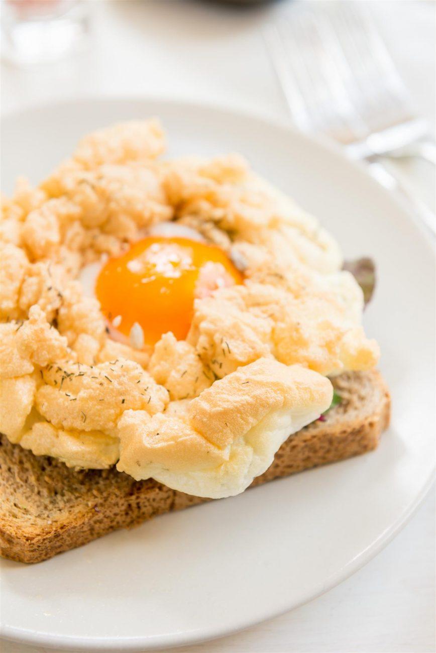 Cloud Egg: la ricetta delle Uova Nuvola