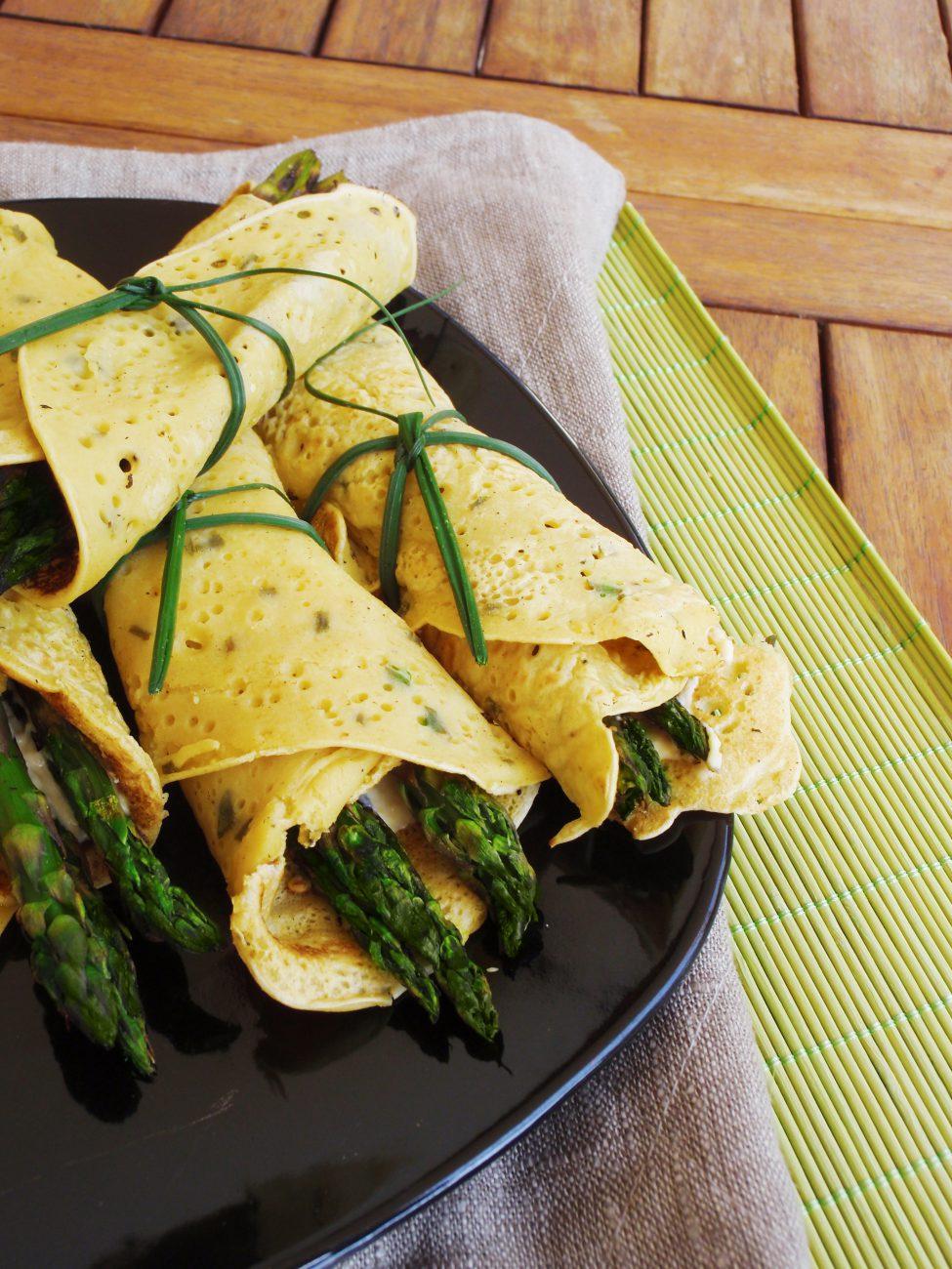 Crepes Vegane Salate con Asparagi