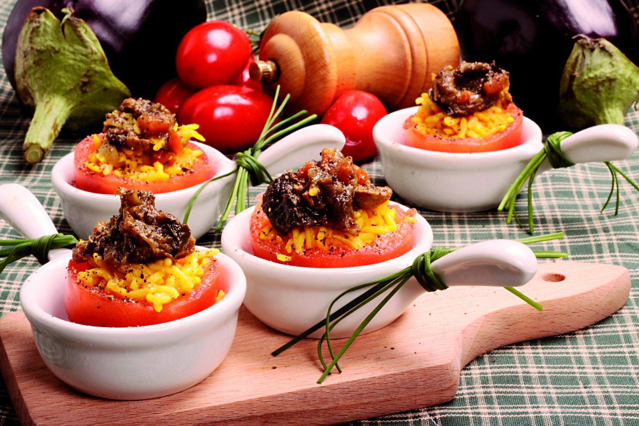 Pomodori Ripieni Di Riso e Melanzane