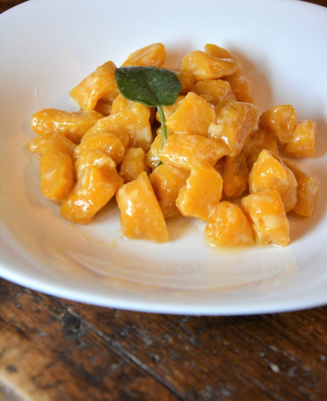 Ricette Di Gnocchi Con La Zucca.Gnocchi Di Zucca Tradizionali Cotto E Crudo Cottoecrudo It