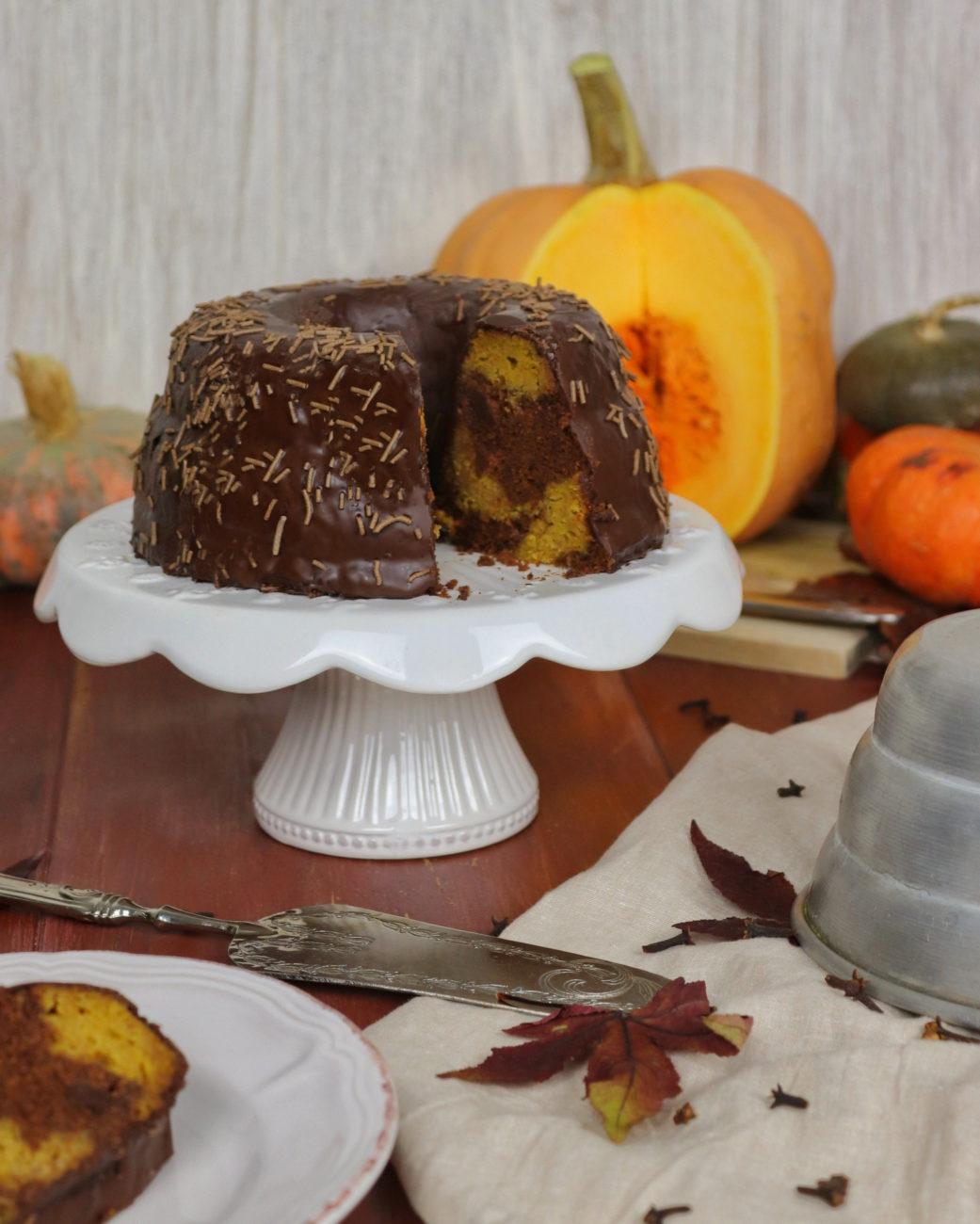 Ciambella alla zucca e cioccolato