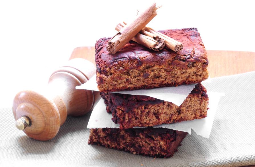 Torta pepata al cioccolato e cannella