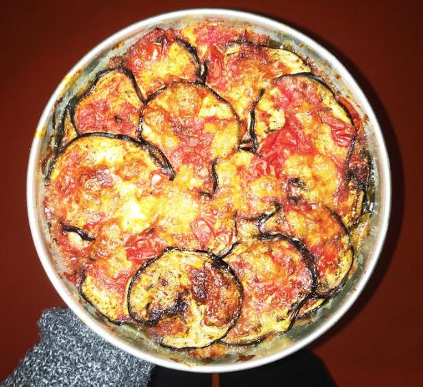 Parmigiana di melanzane grigliate e taleggio
