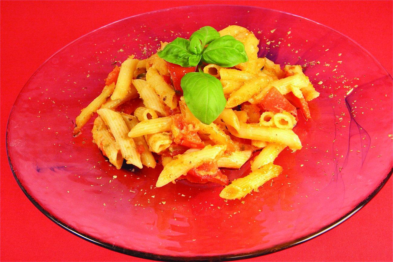 Pennette pomodorini e pecorino