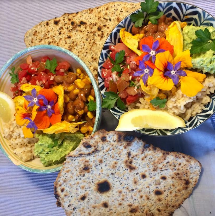 Tex Mex Bowl con insalata di fiori