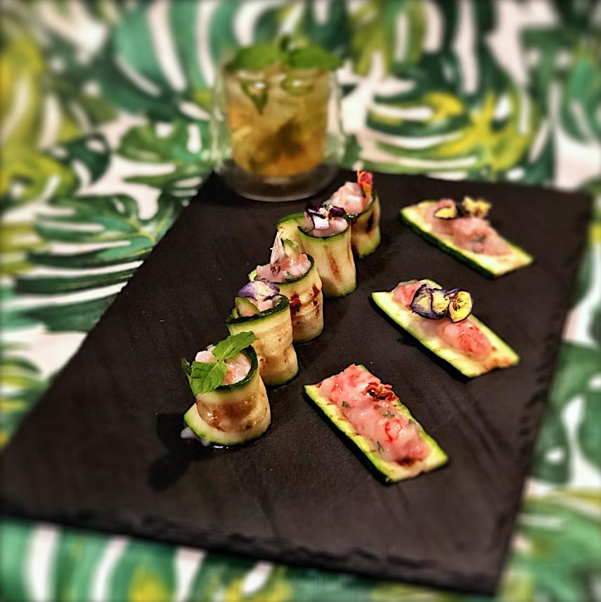 Involtini di zucchine con tartare di gamberi