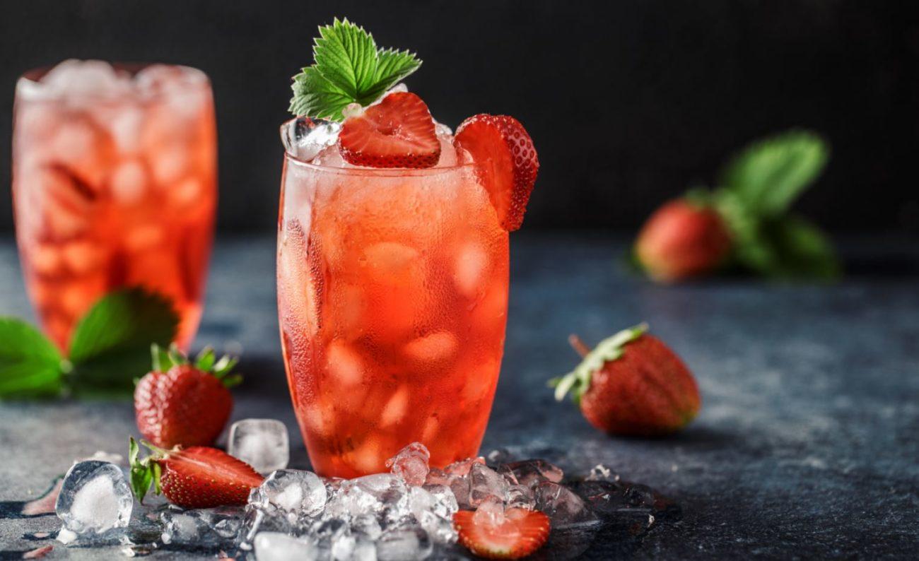 Cocktail prosecco e fragole