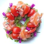 Friselle integrali con salmone e avocado
