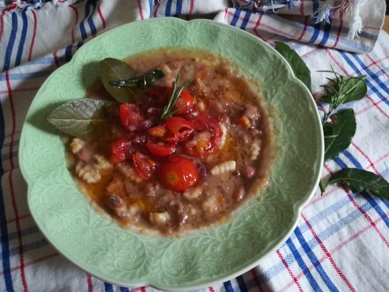 Zuppa sfiziosa di fagioli