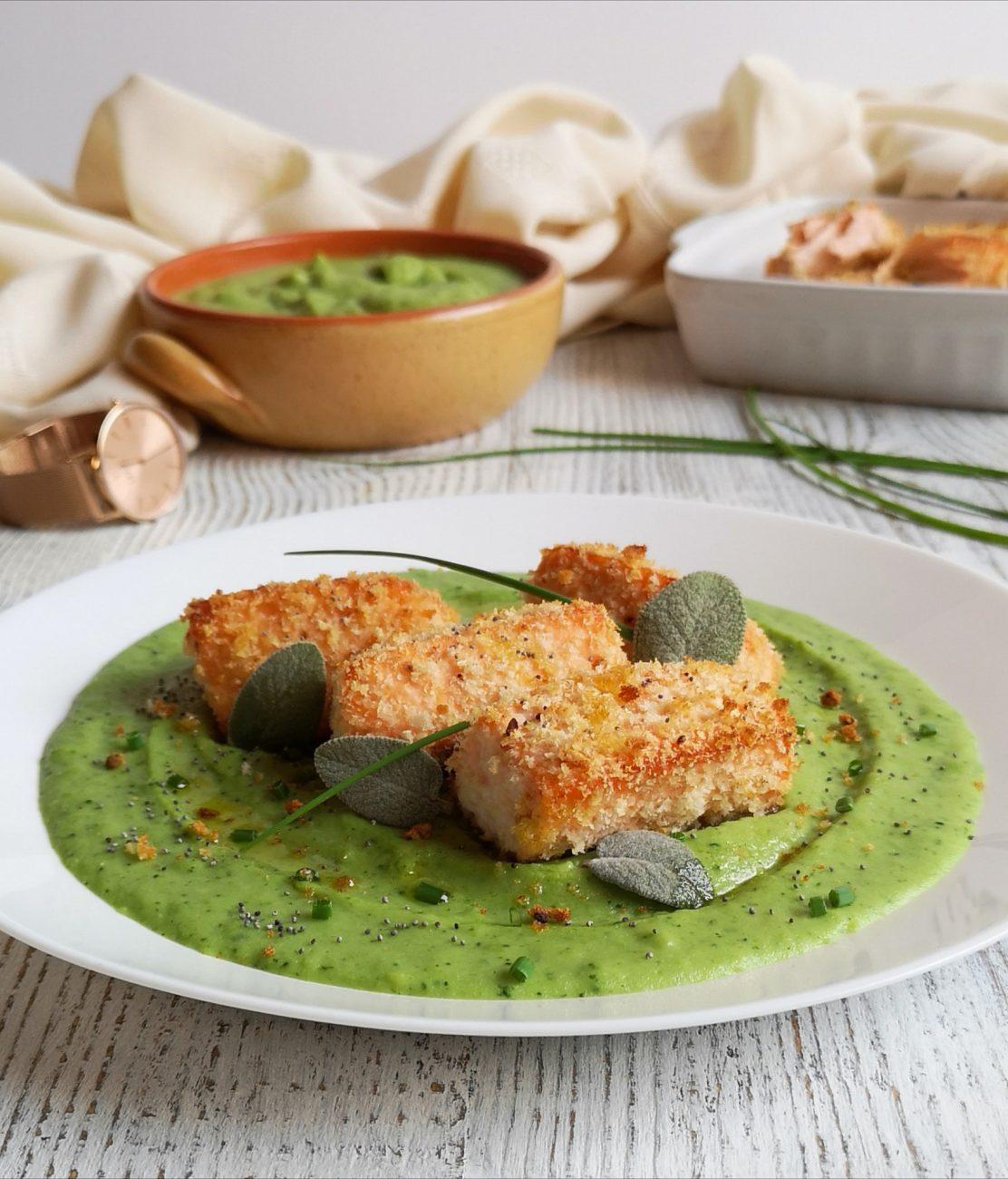 Nuggets di salmone con purè di broccoli