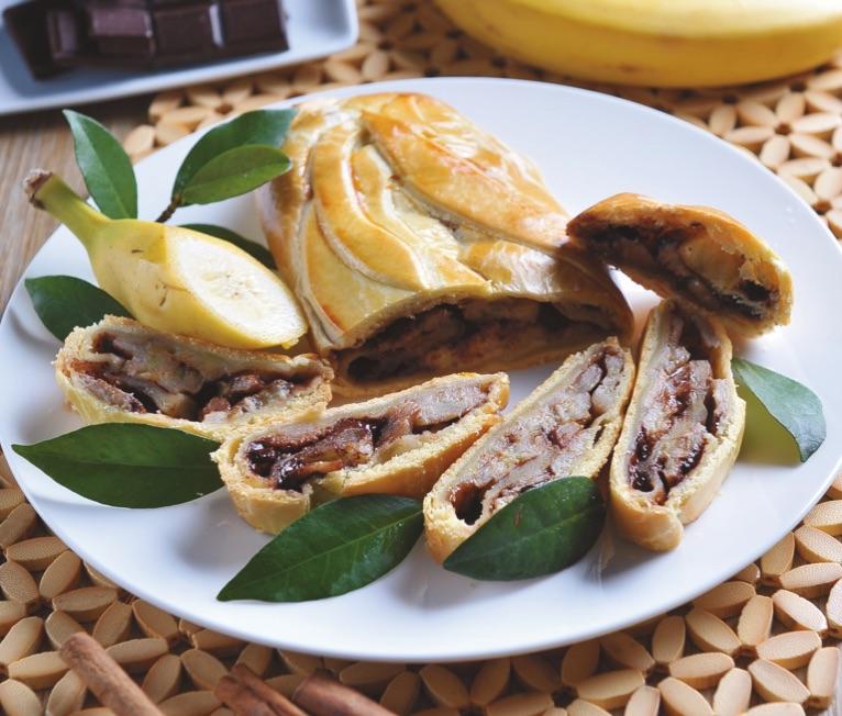 Strudel di banane cioccolato e cannella