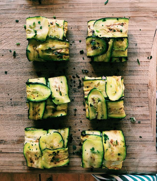 Fagottini di zucchine con crema di cannellini, tonno e pomodorini secchi