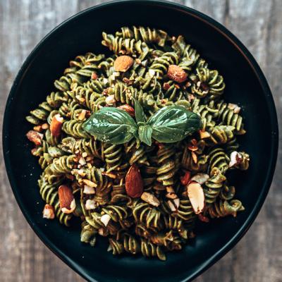 pasta verde al pesto siciliano