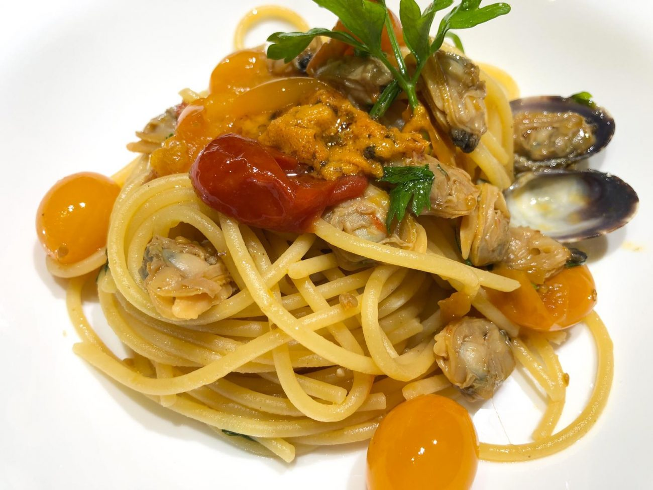 Spaghetti Vongole e Pomodorini