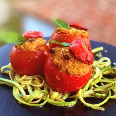 Pomodori ripieni al cous cous aromatizzato al basilico