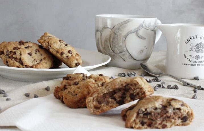 Biscotti con Burro di Arachidi Fondente