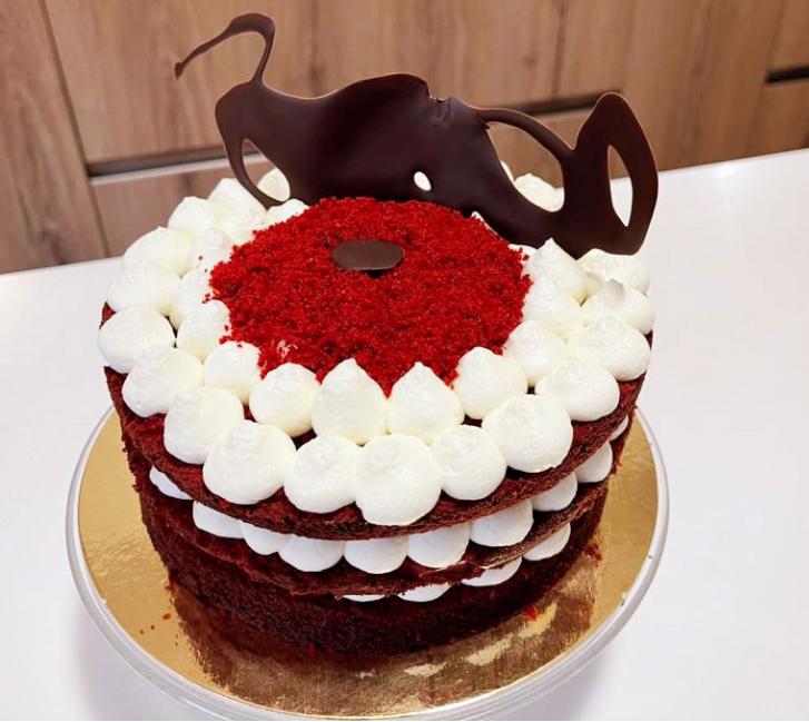Torta Red Velvet Natalizia