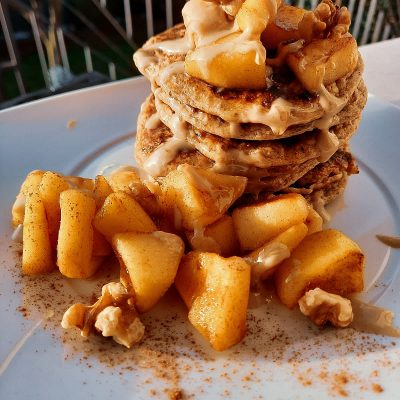 Pancakes mela e cannella