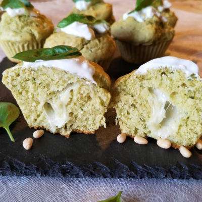 Muffin al Pesto con Cuore Filante