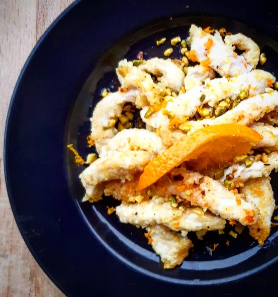 Straccetti di Pollo all'Arancia e Pistacchi
