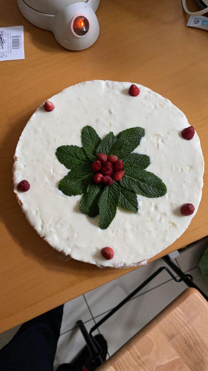 Cheesecake allo Yogurt con Frutti di Bosco