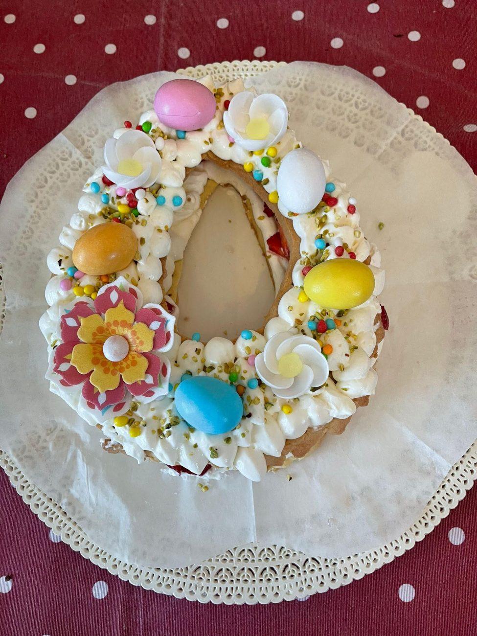 Cream Tart a Forma di Uovo