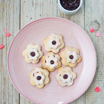 Biscottini di Frolla Sardi Con Marmellata