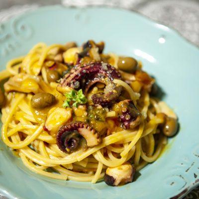 Spaghetti Alla Chitarra Con Polpo e Finger Lime